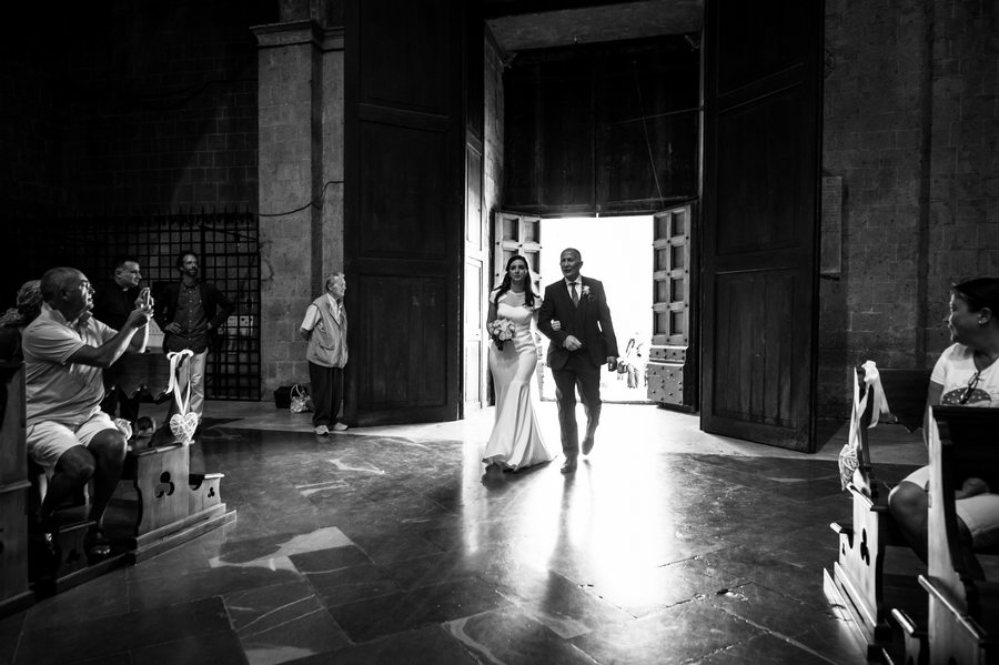 bride with fadher - wedding orvieto