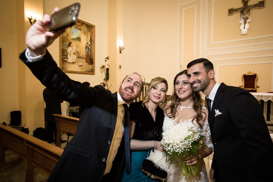selfie degli spisi con amici